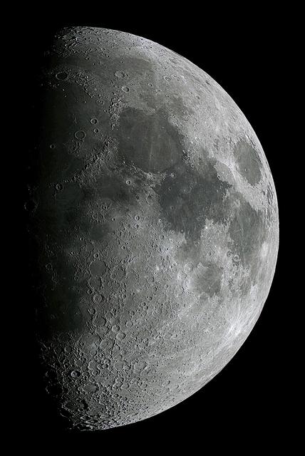Moon_224458_2_20PS2.jpg