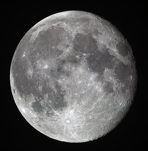 moon20190520bl.jpg