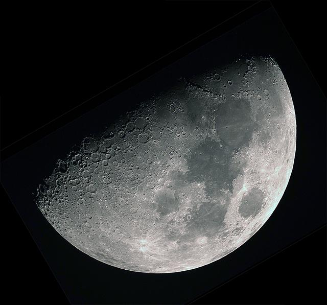 moon20190710-2.jpg