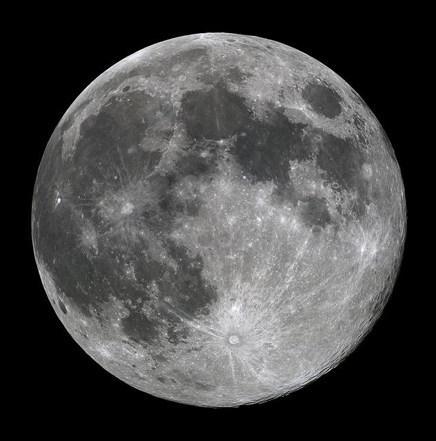 moon_20190419bl.jpg